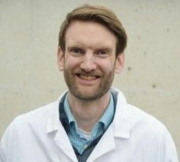Simon E. Nitter Dankel er ekspert på ernæring og fordøyelse. (Foto: Kim E. Andreassen / UiB)