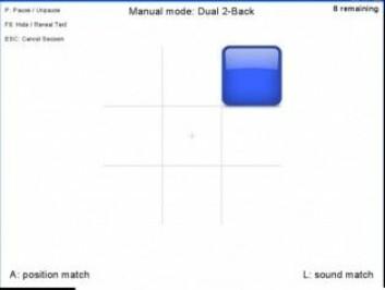 Slik kan en <em>Dual N-back</em>-oppgave se ut. De er databaserte og inneholder lyd og firkanter som dukker opp i et rutenett. [Illustrasjon: Skjermdump]