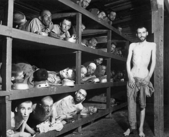 Tyske ungdommer må forholde seg til at landet har begått forferdelige krigsforbrytelser, inkludert holocaust – folkemordet på jøder under andre verdenskrig. (Foto fra Buchenwald konsentrasjonsleir i 1945 av H. Miller)