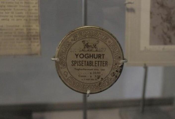 Fra utstillingen: Yoghurttabletter fra 1909 vitner om at forfedrene våre også interesserte seg for tarmflora. (Foto: Medicinsk Museion)