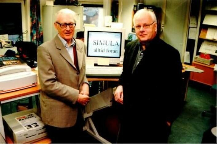 "Ole-Johan Dahl og Kristen Nygaard har fortsatt ordene i behold: ""Simula alltid foran"". (Foto: Hilde Finnseth / Computerworld)"