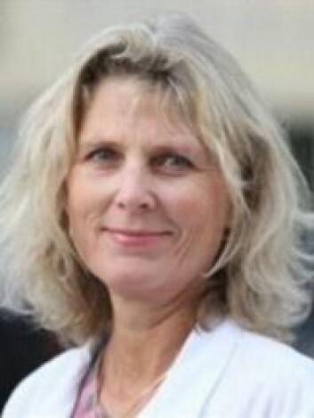 Mette Bratt har lenge vært opptatt av lukt. Nå forsker hun på opptrening av luktesans. (Foto: St. Olavs Hospital)