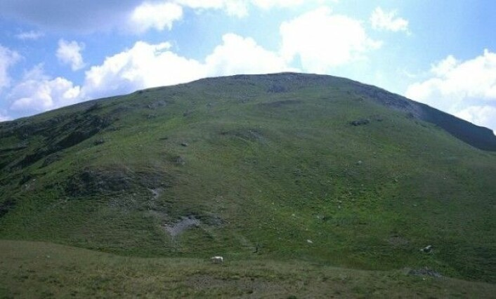 Regnprøver fra det walisiske fjellet Plynlimon viste økt konsentrasjon av selen i månedene april-juni, da oppblomstringen av planteplankton i Nord-Atlanteren er på sitt sterkeste. Plynlimon er utspring for den lengste britiske elven, Severn. (Foto: Richard Webb/Wikimedia commons CC BY-SA 2.0)
