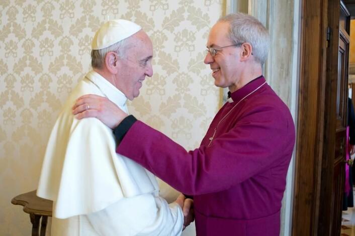 Pave Frans møter erkebiskopen av Canterbury, Justin Welby, som er overhode for de anglikanske (protestantiske) kirkene i England. (Foto: Erkebiskopen av Canterbury)