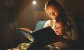 Det viktigste er å få skapt gode, faste sengerutiner, slik at barna føler seg trygge om natten – om dere sover sammen eller hver for seg, er 100 prosent opp til dere som foreldre, sier forskerne. (Foto: Evgeny Atamanenko / Shutterstock / NTB scanpix)