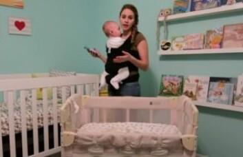 En «co-sleeper» er en slags sprinkelseng der den ene siden er tatt av, slik at den kan stå inntil foreldrenes seng. I de nyeste anbefalingene fraråder de amerikanske helsemyndighetene imidlertid foreldre å bruke disse. (Screendump fra YouTube-kanalen' DevonRobertsFamily)