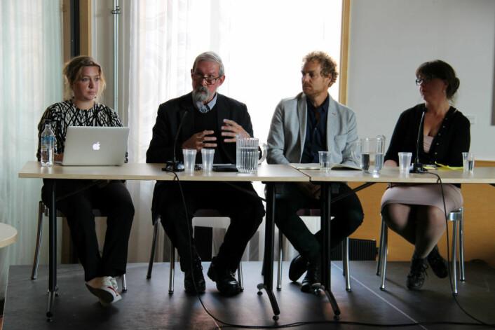 Taina Bucher, Charles Ess, Anders Fagerjord og Elisabeth Staksrud diskuterte fremtidens medieforskning under Institutt for medier og kommunikasjon sitt 30-årsjubileum fredag 25. august. (Foto: Fillip-André Baarøy)
