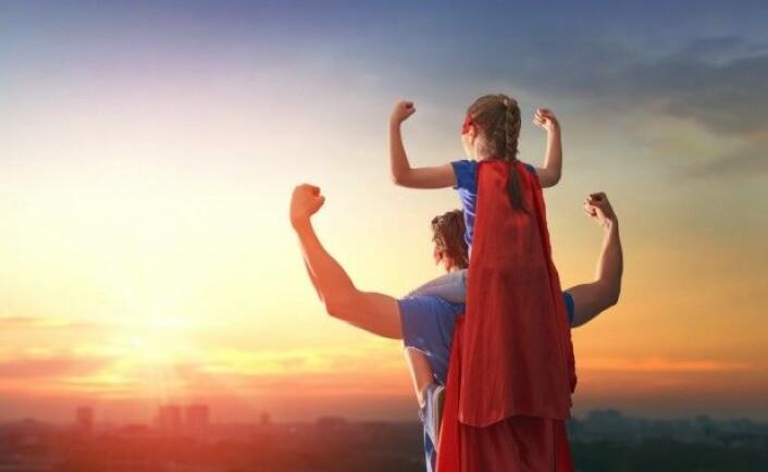 Vi vil gjerne gi barna våre best mulige forutsetninger for å møte livet med selvsikkerhet og selvstendighet. (Foto: Yuganov Konstantin / Shutterstock / NTB scanpix)