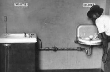 I en ikke så fjern fortid var svarte og hvite amerikanere i sørstatene atskilt ved lov. (Foto: Jhayne)