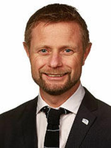 – Skal vi betale kreftmedisin til alle når den er dyrest, vil det gi dårligere helse i Norge, sa helseminister Høie idag. (Foto: Stortinget)
