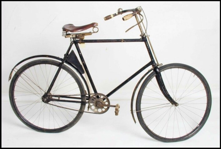 Denne sikkerhetssykkelen ble importert til Norge fra England i 1896. Den skal ha vært i bruk fram til 1954. (Foto:Norsk Teknisk Museum)