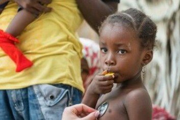 Det nye bærbare laboratoriet er ideelt for leger i områder der de ikke har adgang til stasjonære laboratorier. DTU-forsker Winnie Svendsen er i gang med et lignende prosjekt til diabetespasienter i Tanzania. (Foto: Avatar_023 / Shutterstock / NTB scanpix)