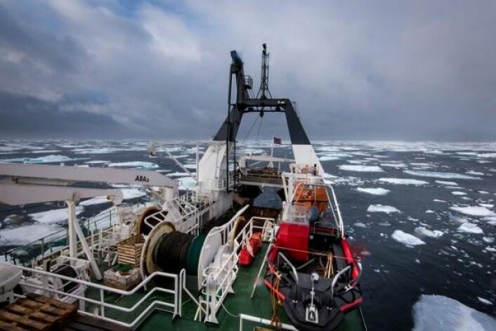 Mindre is og mulig økt ressurstilgang vil kunne medføre økt skipstrafikk i Polhavet. (Foto: Foto: Elvar H. Hallfredsson / Havforskningsinstituttet)