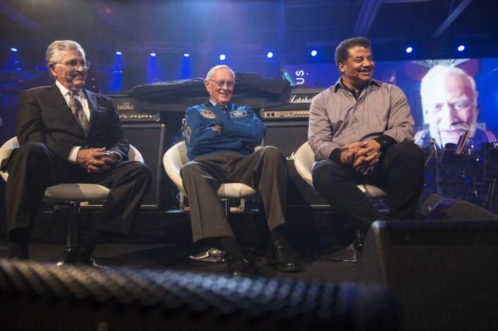 Harrison Schmitt (81), Charles Duke (81), Neil deGrasse Tyson og Buzz Aldrin på scenen under Starmus i Trondheim. (Foto: Max Alexander/Starmus)