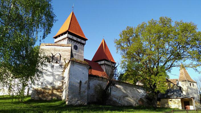 Festningskirken i landsbyen Dealu Frumos er en del av den tyske kulturarven i Transilvania i Romania. (Foto: Ana-Maria Dabija)
