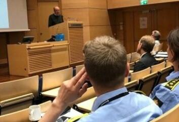 Den britiske kriminologen Barry Loveday snakket om nye utfordringer for politiet på Politiforskningskonferansen i Oslo. (Foto: Siw Ellen Jakobsen)