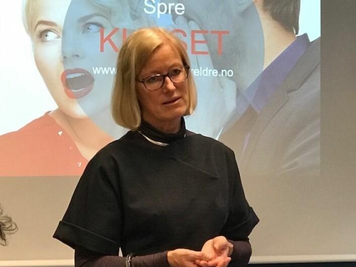 Karen Therese Sulheim Haugstvedt er redd det kan bli tøffere for foreldre å bære fram barn med funksjonsbegrensninger i framtiden.<br>Samfunnet gir i større grad signaler om at disse barna er utgiftsposter. Foreldre har opplevd å bli mobbet på sosiale medier. De føler seg ikke ønsket. (Foto: Siw Ellen Jakobsen)