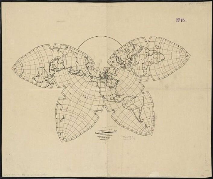 Bernard Joseph Stanislaus Cahill fant på den såkalte «sommerfuglprojeksjonen» i 1909 og tok patent på den i 1913. I 1996 laget Steve Waterman en oppdatert versjon. (Foto: Wikimediacommons/CC BY 2.0)