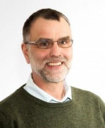 Professor Tomas Willebrand er en av flere forskere fra Høgskolen i Innlandet som er med i reveprosjektet. (Foto: Høgskolen i Innlandet)