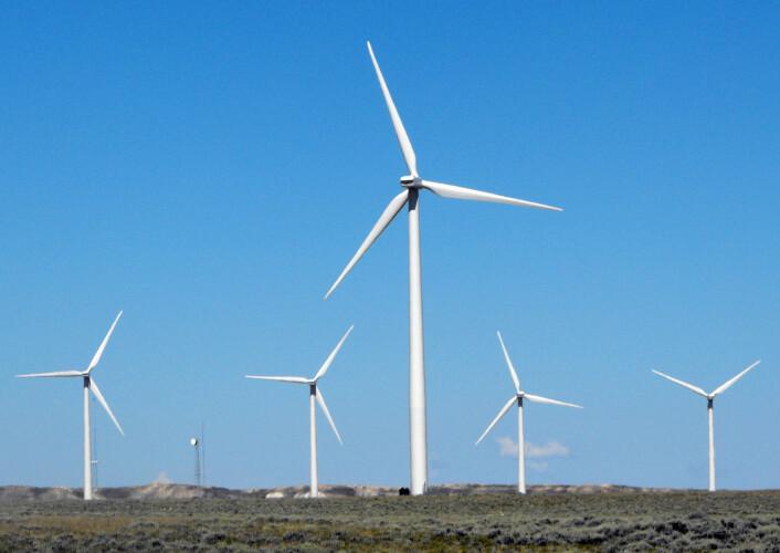 Vindmøller har også et enormt potensiale, ifølge listen. Vindturbiner på landjorda ligger på 2. plass, og kan redusere utslippene med 85 gigatonn CO2 fram mot 2050. (foto: REUTERS/Ed Stoddard/NTB Scanpix)