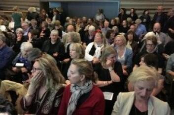 Språk, fiksjon og virkelighet i Knausgårds Min kamp fikk mange til å komme til Nasjonalbiblioteket for å høre Toril Moi forelese. Etternølerne måtte sitte i en annen sal. (Foto: Anne Lise Stranden/forskning.no)