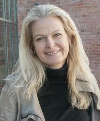 Solveig Vindholmen disputerte nylig med en avhandling om sammenhengen mellom mindfulness og arbeidsevne. Doktoravhandlingen er finansiert av Aust-Agder fylkeskommune. (Foto: UiA)