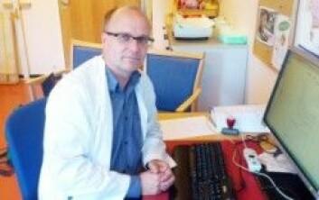Postdoktor og fedmeforsker Pétur Benedikt Júlíusson ved barneklinikken på Haukeland universitetssykehus i Bergen.(Foto: Andreas R. Graven)